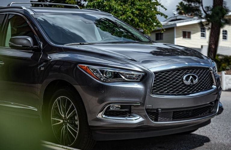 Exterior view of the front of a gray 2020 INFINITI QX60