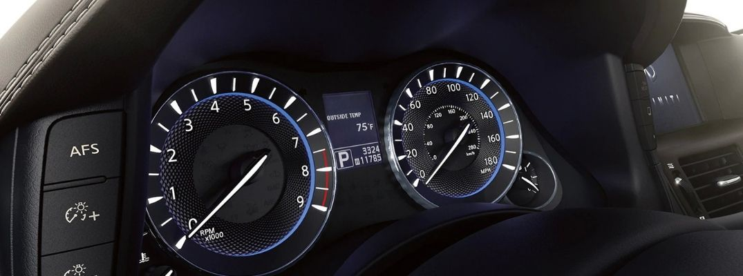 What Do the Warning Lights in My INFINITI Vehicle Mean?