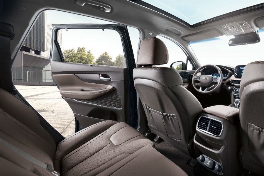2019 Hyundai Santa Fe Photo Gallery » 2019 Hyundai Santa Fe Interior  Cabin Driver Side Rear Seat Door Open_o
