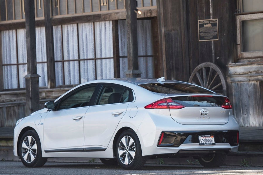 New 2018 Hyundai Ioniq Hybrid Specs Features