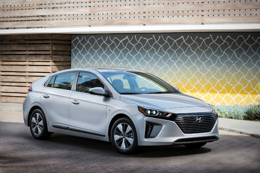 new 2018 hyundai ioniq hybrid specs features. Black Bedroom Furniture Sets. Home Design Ideas