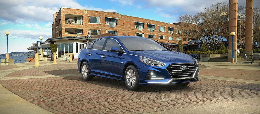 2019 Hyundai Sonata Hybrid Exterior Passenger Side Front Profile in Astral Blue