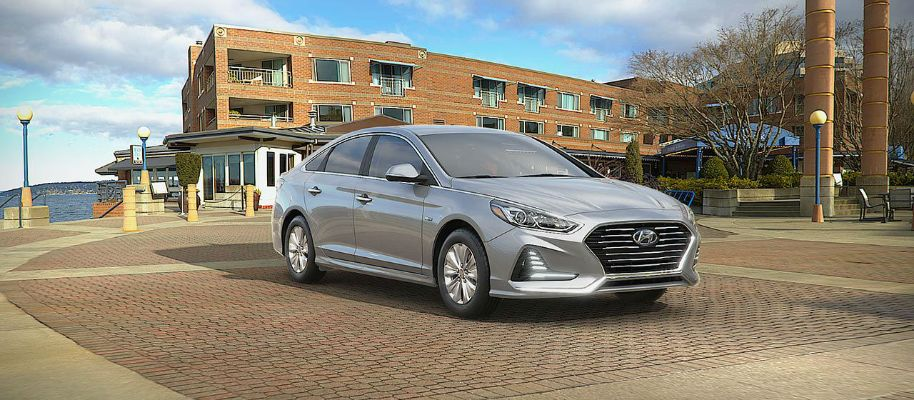 2019 Hyundai Sonata Hybrid Exterior Passenger Side Front Profile in Ion Silver
