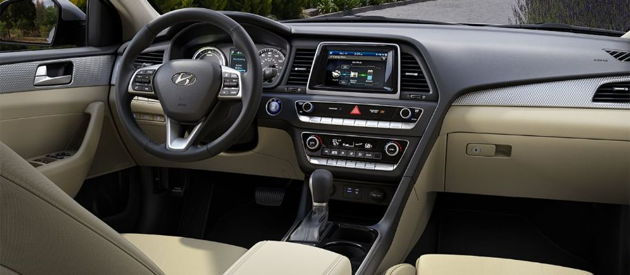 2019 Hyundai Sonata Hybrid Interior Cabin Dashboard in Beige Cloth