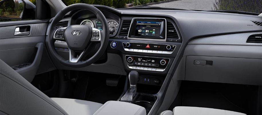 2019 Hyundai Sonata Hybrid Interior Cabin Dashboard in Gray Cloth