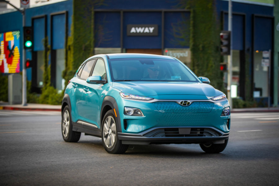 2020 Hyundai Kona Electric Exterior Passenger Side Front Angle