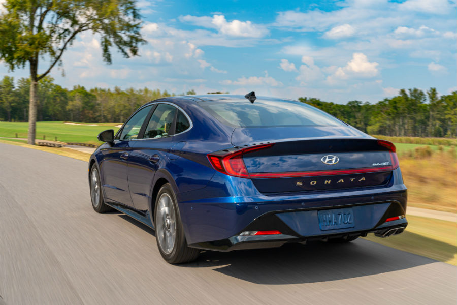 2020 Hyundai Sonata Exterior Driver Side Rear Angle