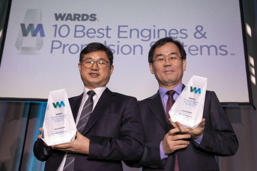 Hyundai Awarded Two Wards 10 Best Engines Propulsion Systems Honors