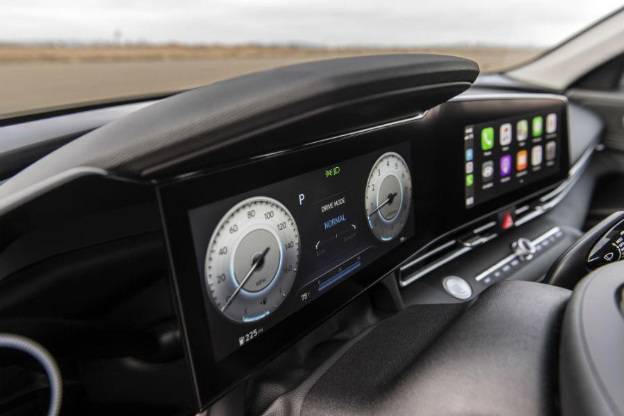 2021 Hyundai Elantra Interior Cabin Dashboard 10.25-inch Screens