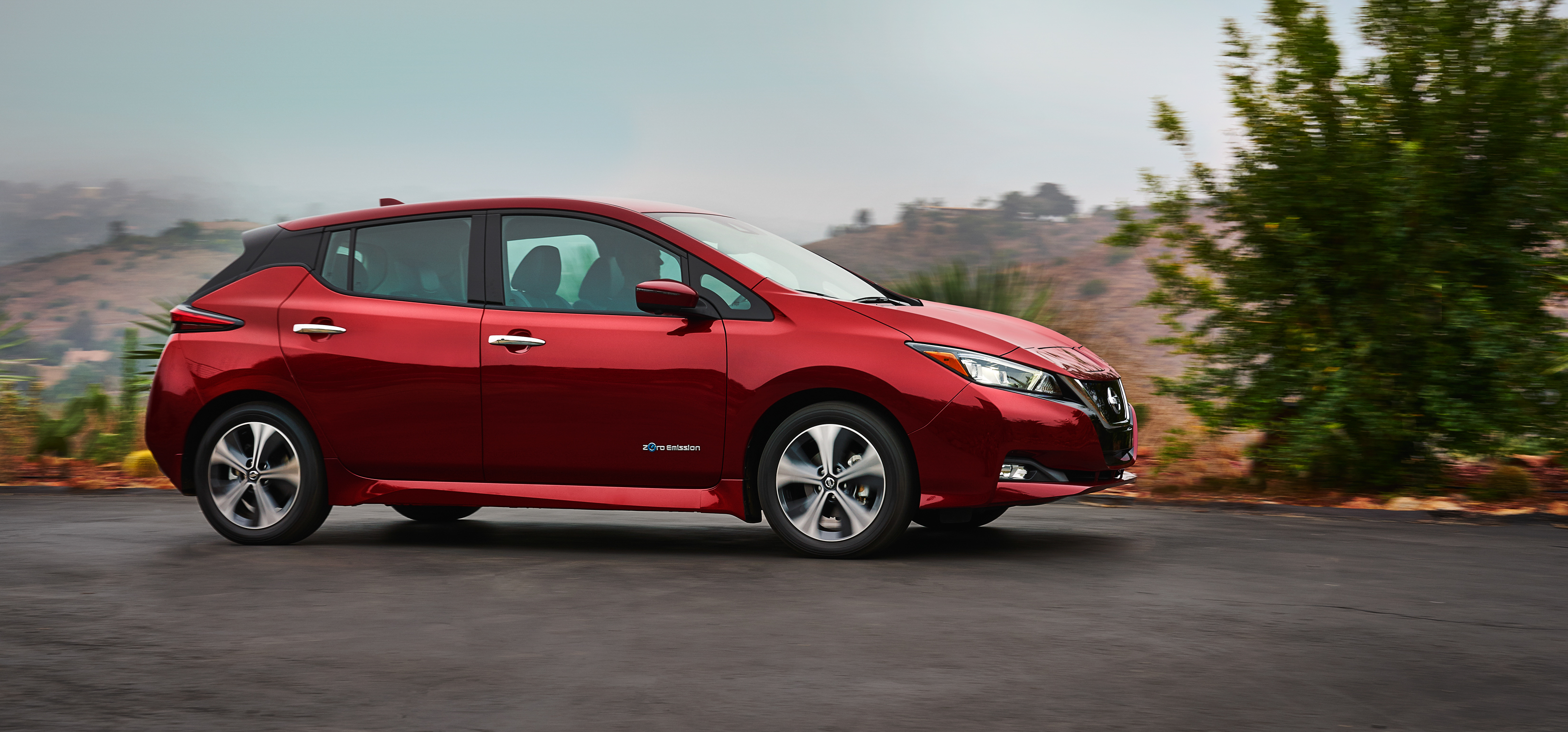 2018 Nissan LEAF more range content and technology for a lower