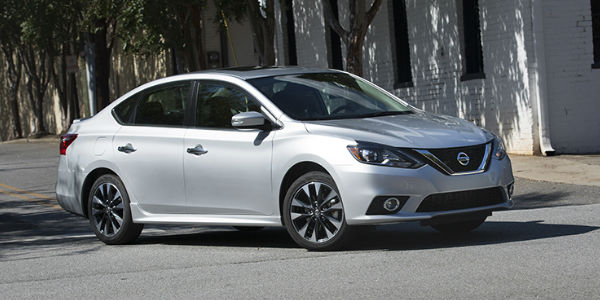 2018 Nissan Sentra Silver Exterior Side View