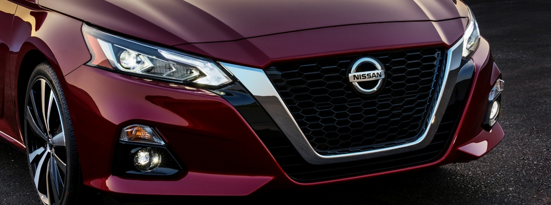 2019 Nissan Altima Close-up Front Diagonal View of Red Exterior