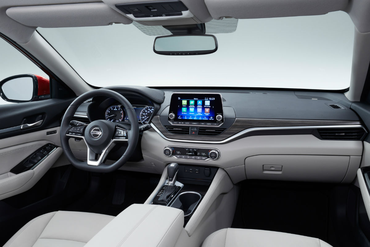 Driver's cockpit of the 2019 Nissan Altima