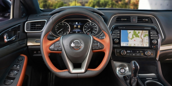2019 Nissan Maxima Steering Wheel, Dashboard, and Front Cabin