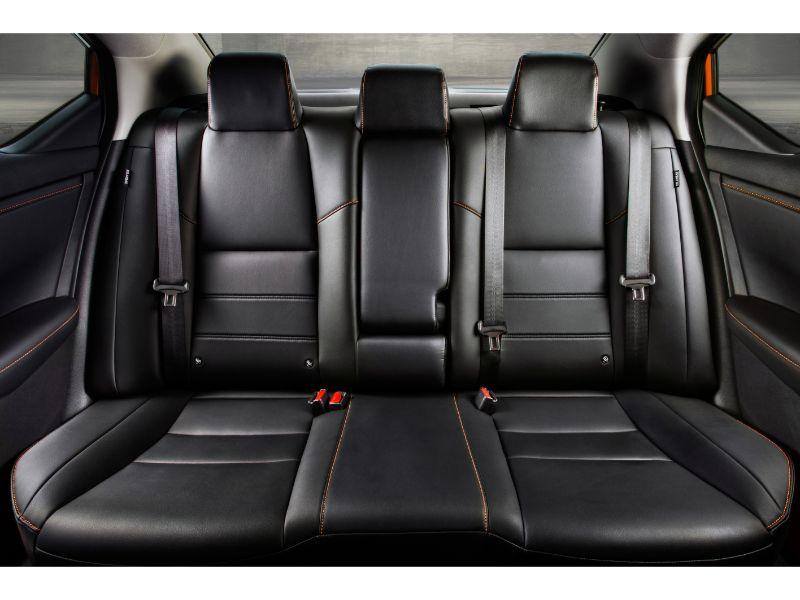 2020 nissan sentra rear seats