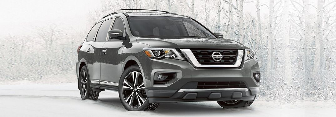 What kind of entertainment features are on the 2020 Nissan Pathfinder?