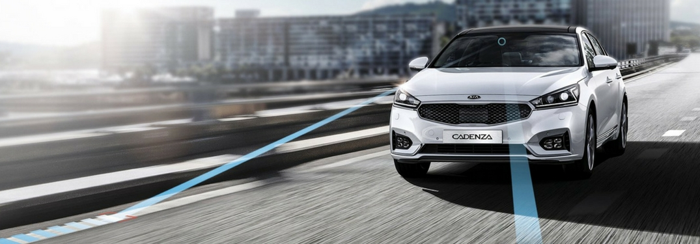 2018 kia cadenza with lane keeping assist technology