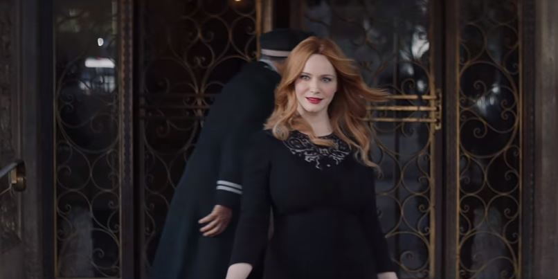 Christina Hendricks Supports Kia in 2017 Cadenza commercial