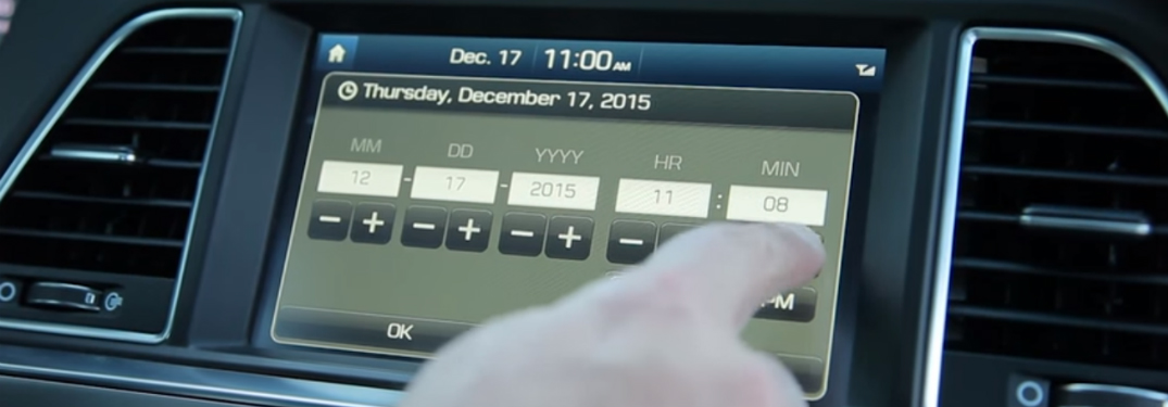 changing the time on a Hyundai touchscreen