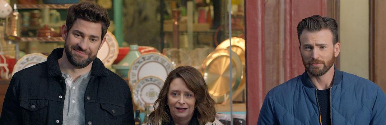 Jon Krasinski Rachel Dratch Chris Evans Standing on Street