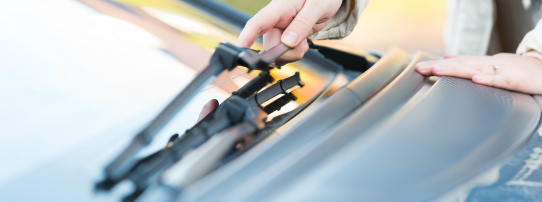 how to change windshield wiper blades