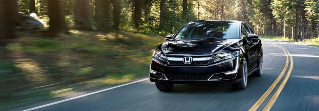 full view of 2018 honda clarity plug-in hybrid driving