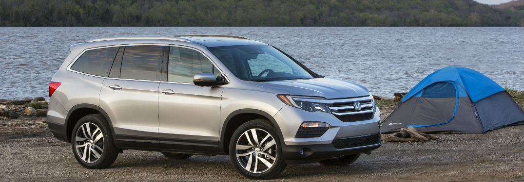 2018 Honda Pilot parked by the beach