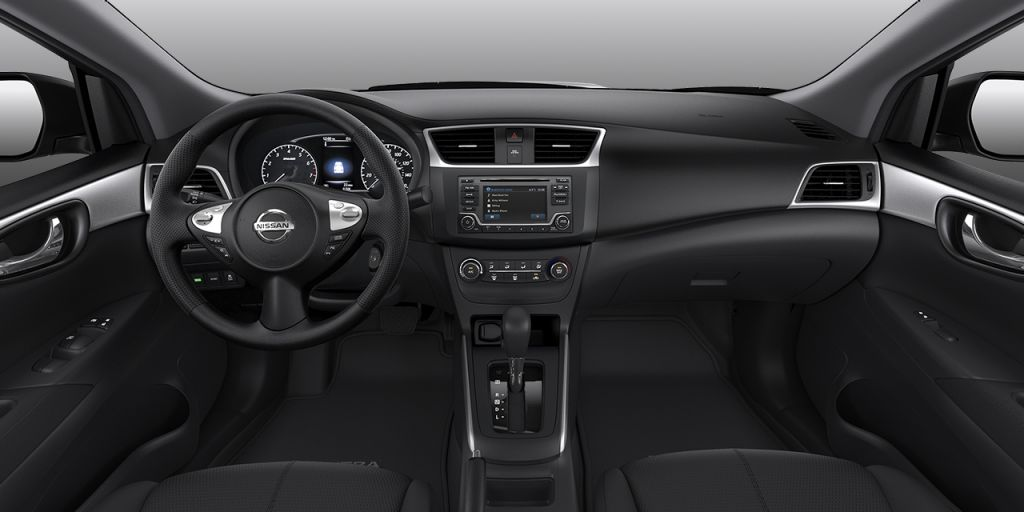 2018 Nissan Sentra Charcoal Cloth Interior