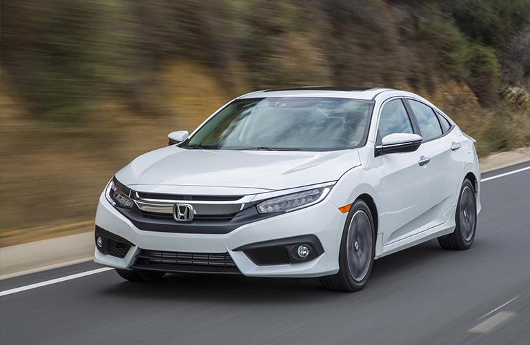 2017 Honda Civic Gas Mileage >> How Far Can You Tavel In The 2018 Honda Civic Melloy Honda
