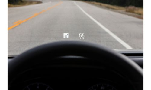 2020 Honda Accord Touring 2L head up display showing speed limit sign