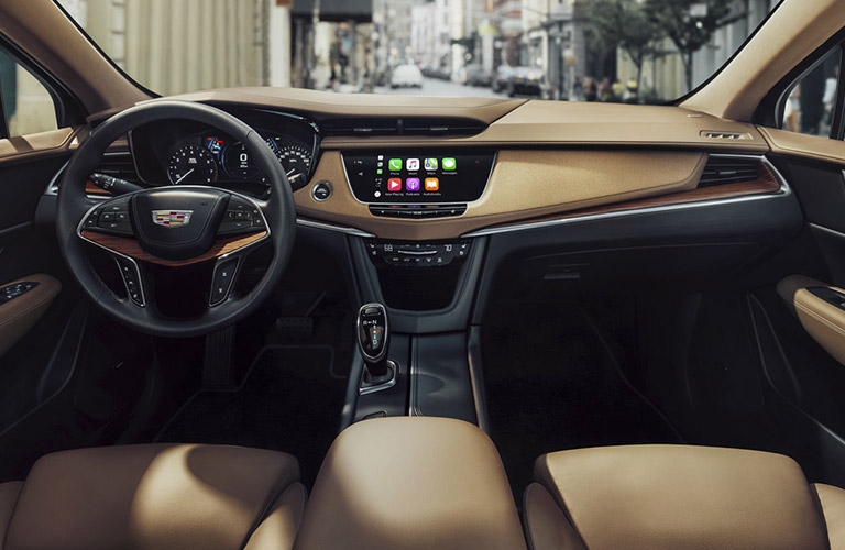 2018 Cadillac XT5 Passenger and Cargo Space