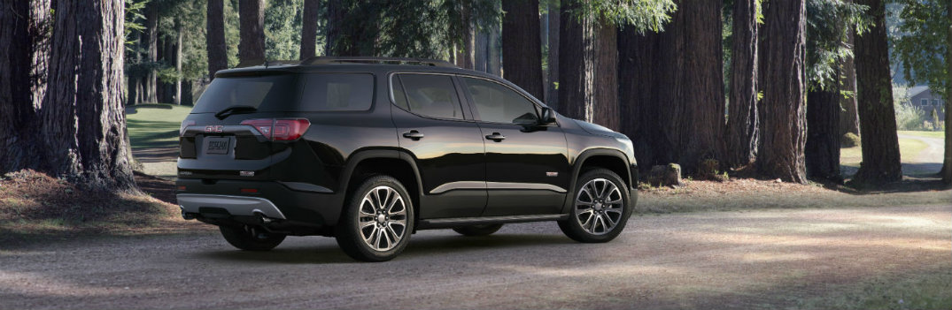 What does design of the 2018 GMC Acadia look like?
