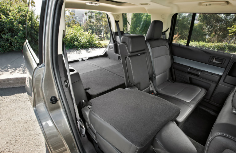 inside of ford flex seats down