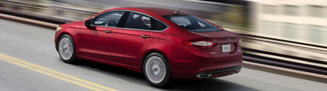 2013 Ford Fusion side exterior red