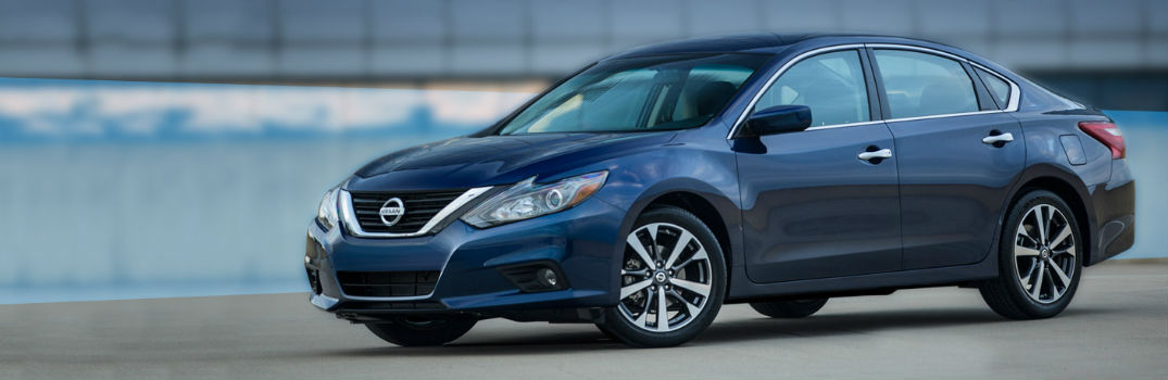 2016 Nissan Altima Exterior Driver Side Front Profile