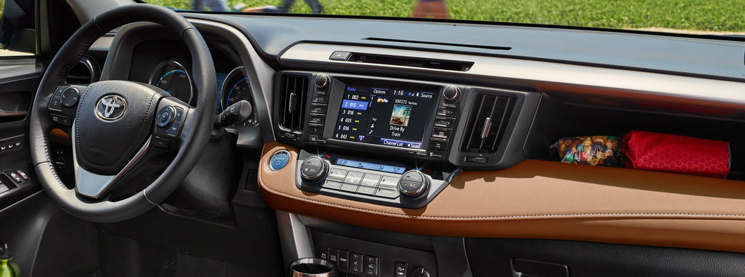 What Are the Toyota Entune™ Features and Capabilities?