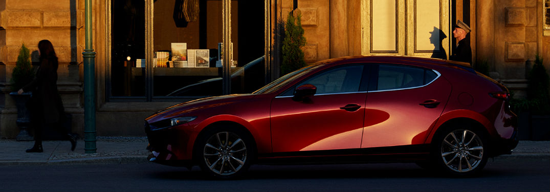 Impressive list of technology and comfort features fill interior of new 2019 Mazda3 Hatchback