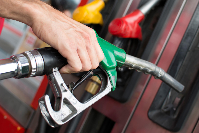 orgeon-gas-pump - Cardenas Mercedes-Benz
