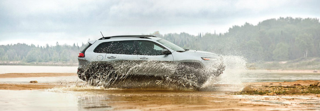 Jeep Cherokee driving through water