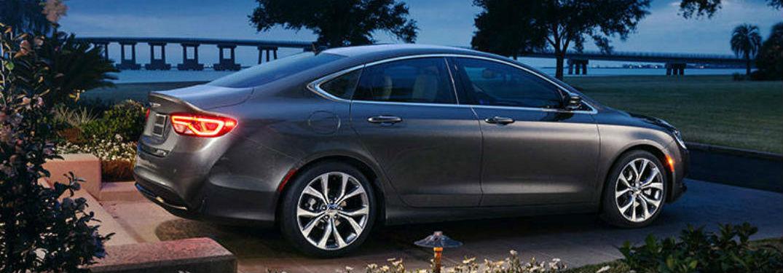 Chrysler 200 Mpg >> Impressive Fuel Economy Rating Of Used Chrysler 200 Sedan