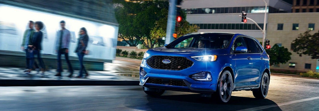 Impressive performance specs give the Ford Edge the sporty driving dynamics you're looking for in a crossover SUV