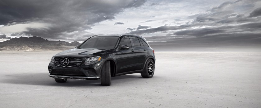 2017 Mercedes-Benz GLC obsidian black metallic