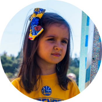 young golden state warriors girl fan