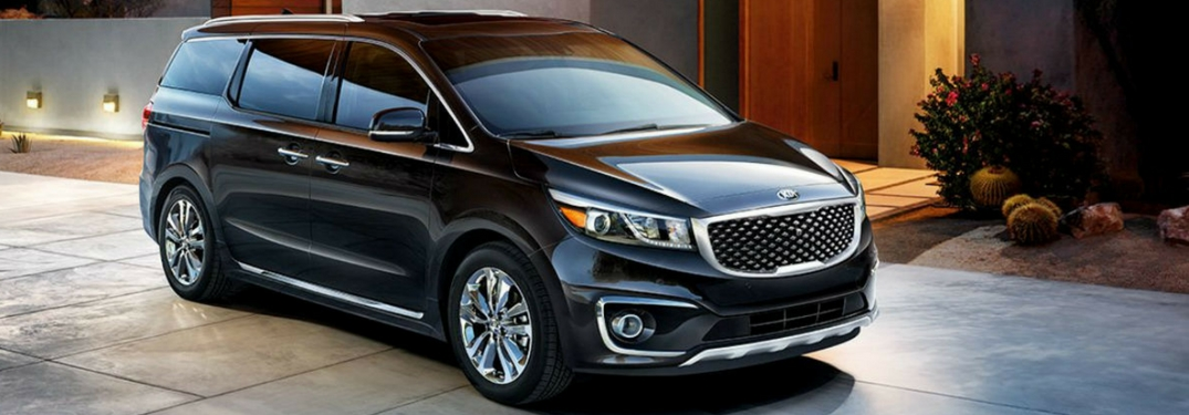 2018 kia sedona in ebony black full view