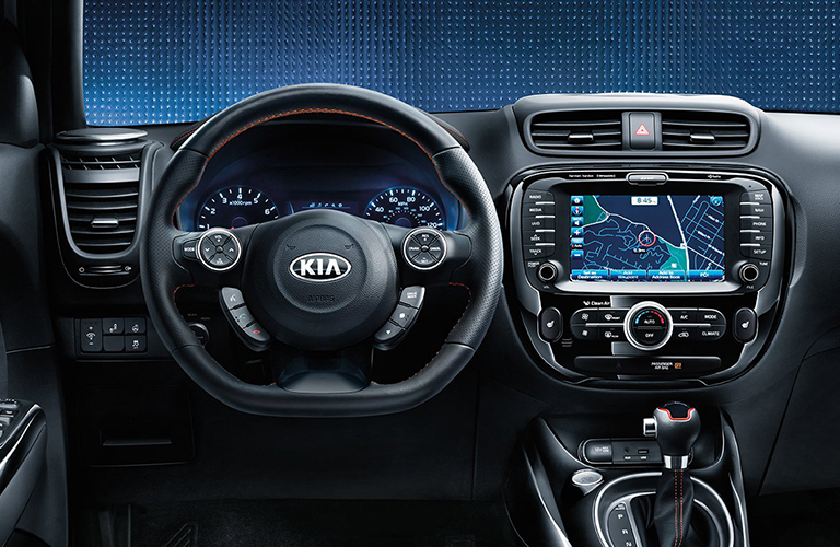 Steering wheel and touchscreen of 2018 Kia Soul
