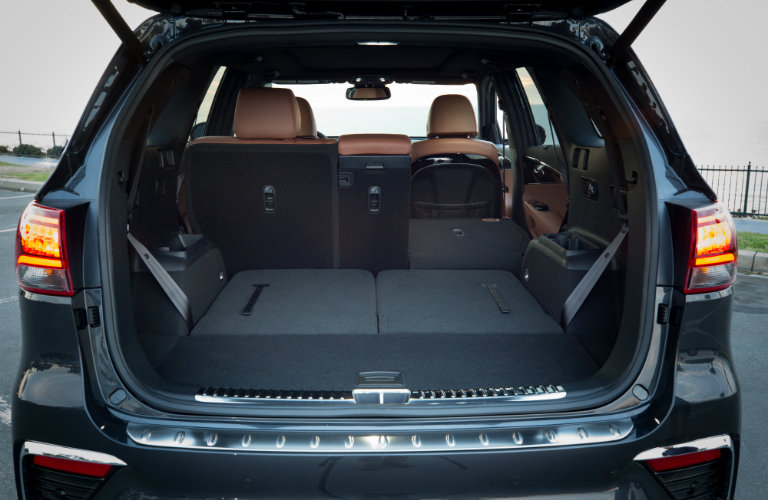 rear seats folded down in kia sorento
