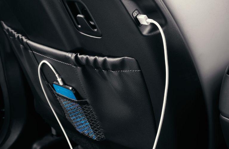 2020 Kia Telluride interior device charger
