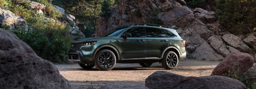 Green 2021 Kia Sorento X-Line on Rocky Trail