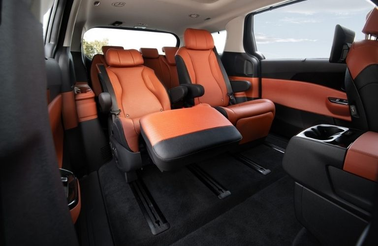 2022 Kia Carnival VIP Lounge Seating