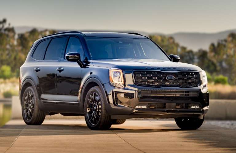 The 2021 Kia Telluride parked on the road.